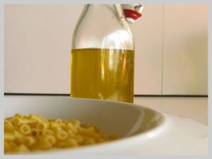 piatto e olio per sito nuovo